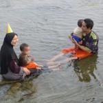お母さんの誕生日祝い?仲良くなったマレーシア人の家族