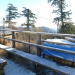 雲取山荘テラスの雪